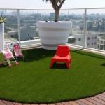 מרכז הדשא סינטטי - התקנת דשא סינטטי על גג